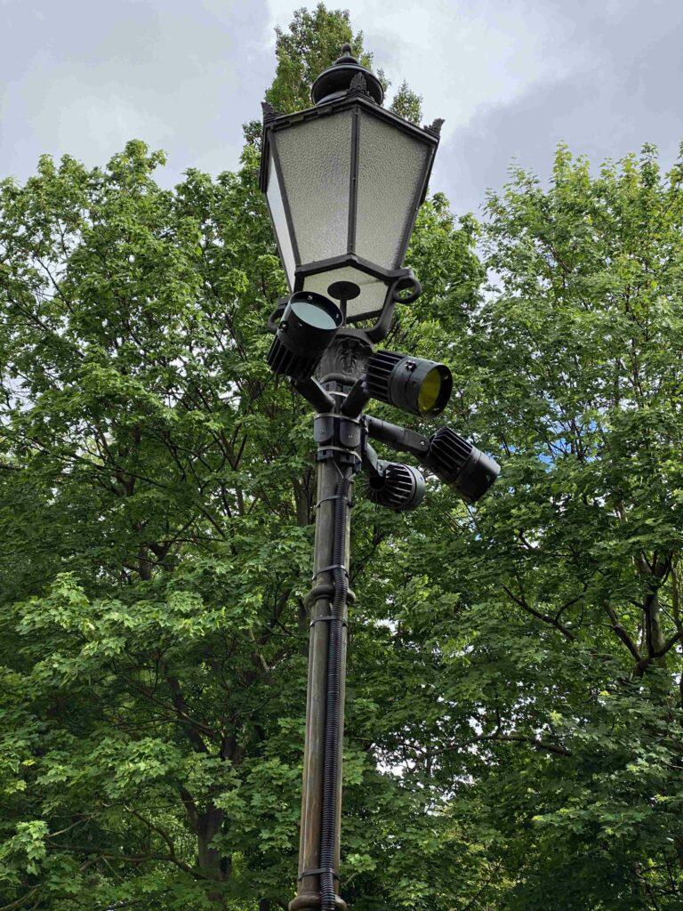 Laterne mit Beleuchtungsstrahlern von Lumeslicht